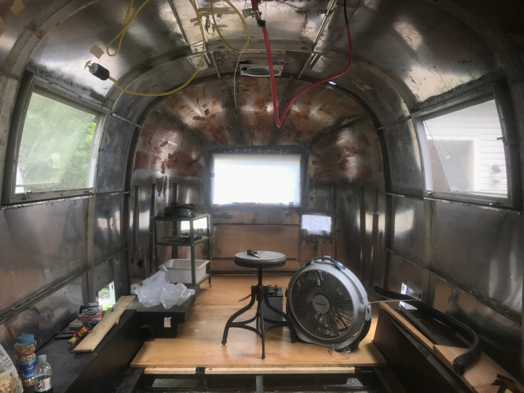 It's Day 351 of Airstream Restoration at the Toaster Adrift and at long last, the new floor has been installed. It's time for a happy dance.
